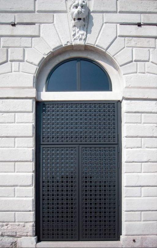 EBE65-serramenti-acciaio-zincato-tadao-ando-5_project_big