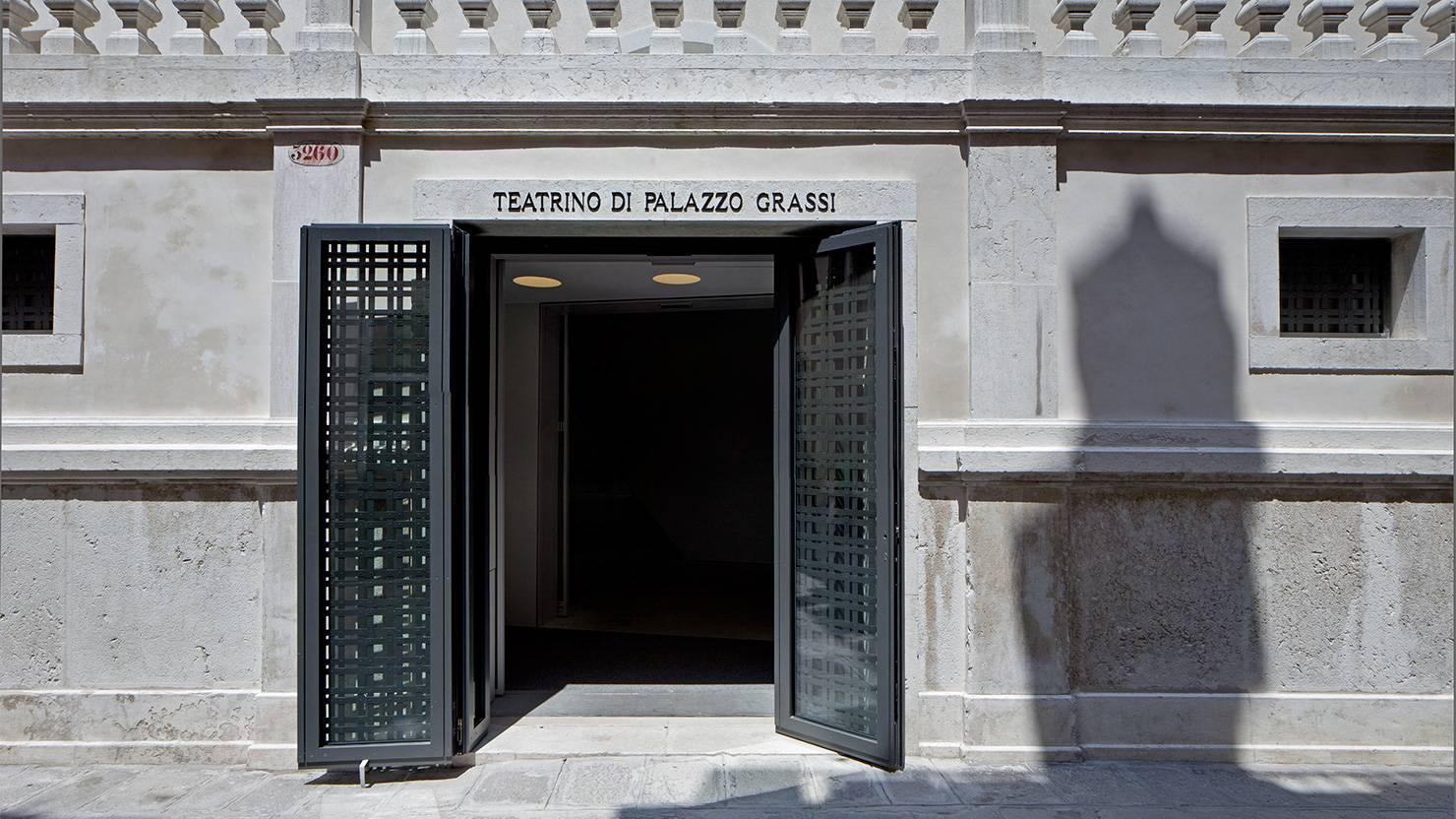 serramenti-acciaio-zincato-teatrino-palazzo-grassi-tadao-ando-3_project_big