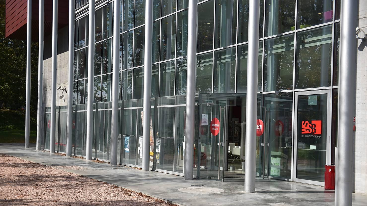 acciaio-zincato-facciata-biblioteca-di-pisa-seccosistemi-2_project_big