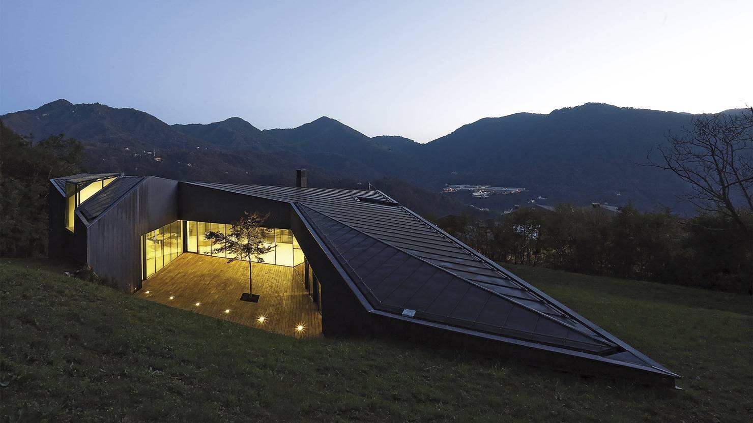 serramenti-ottone-brunito-villa-alps-camillo-botticini-architect-3_project_big