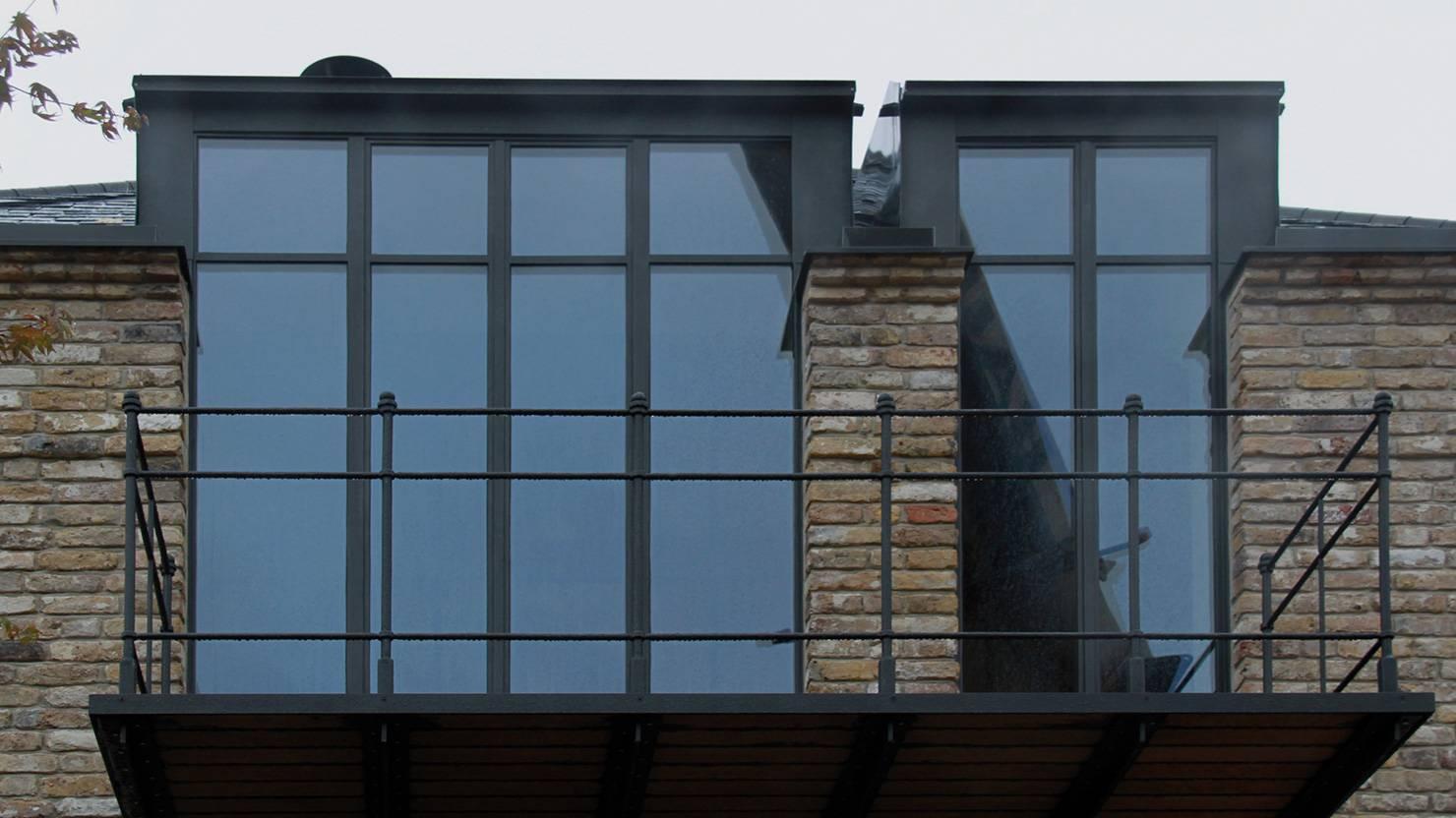 serramenti-acciaio-zincato-privathaus-gogl-architekten-3_project_big
