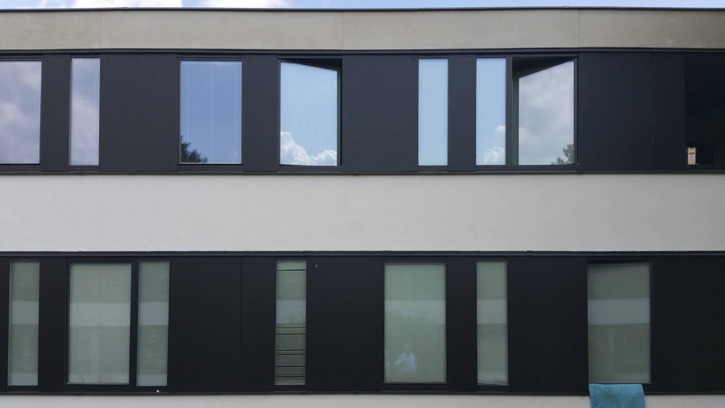 acciaio-zincato-serramenti-autzen-and-reimers-citta-universitaria-schlachtensee-4_project_big
