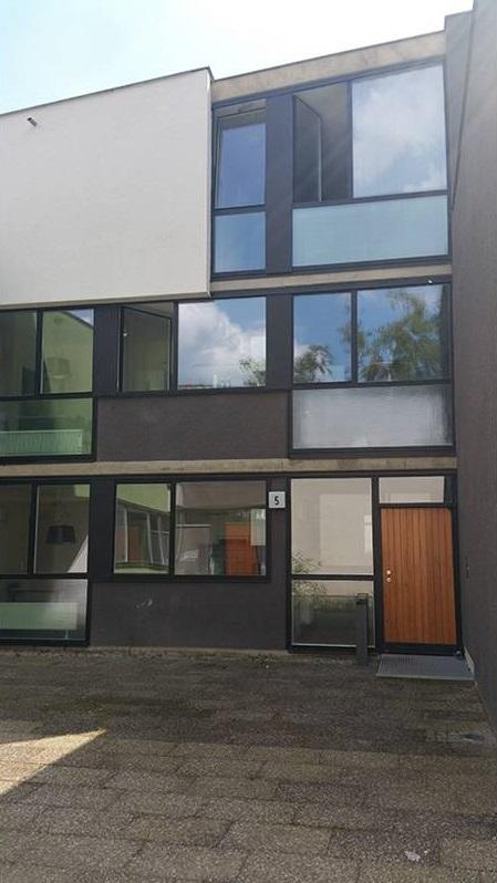 serramenti-acciaio-zincato-citta-universitaria-schlachtensee-autzen-and-reimers-3_project_big